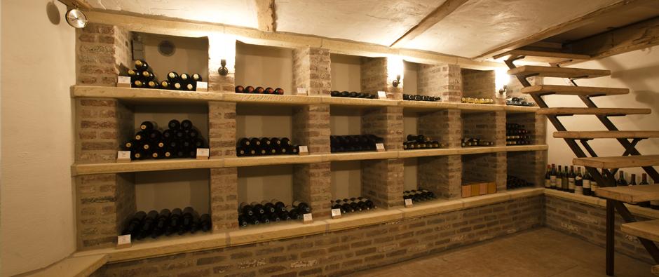 Renovan rustieke renovatiewerken - Decoratie voor wijnkelder ...